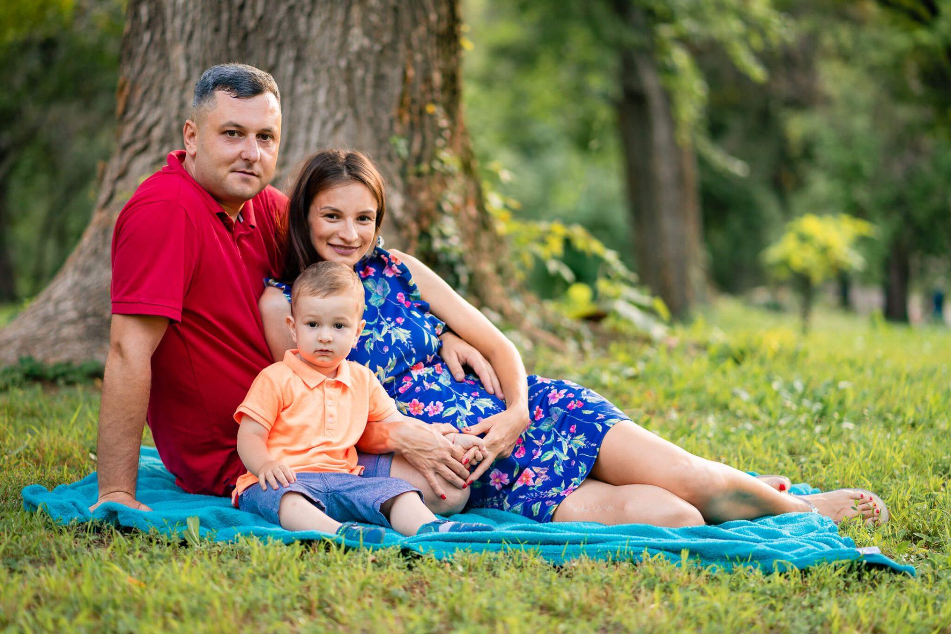 sedinta foto de familie in parcul carol
